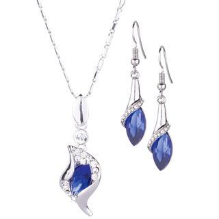 Set cu lănţişor şi cercei cu pietre albastre