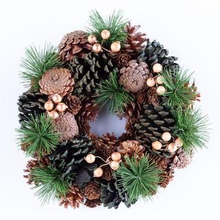 Coroniță de Crăciun artificială cu conuri