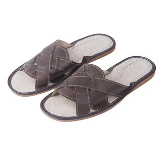 Papuci barbati din piele maro
