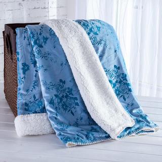 Pătură cu blăniţă şi model imprimat albastru 140 x 200 cm