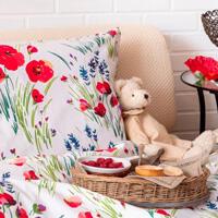 Dormitor cu flori